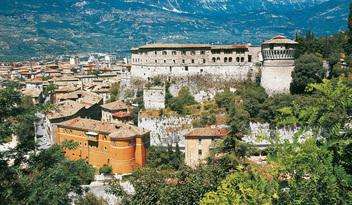 castello-di-rovereto-panorama-1406110058755